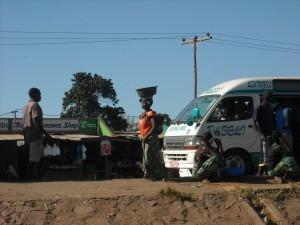 cirkeling around minibus